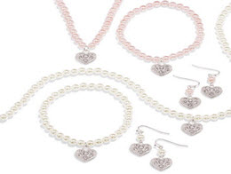 $4.99 Pearlesque Heart 3 Piece Gift Set was $19.99
